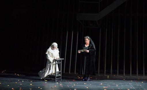 Suor Angelica. Maria Agresta i Dolora Zajick. © Antoni Bofill