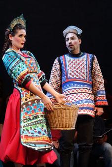 Vanessa Goikoetxea i Gustavo Peña. © Teatro de la Zarzuela
