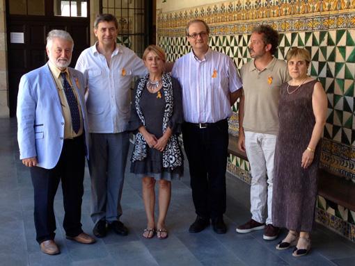 Participants en la roda de premsa de presentació de la desena edició de l'OJIPC, el 30 de juliol passat a l'Institut d'Estudis Catalans. Entre ells, els directors Salvador Brotons i Esteve Nabona, i Magdalena González Crespí, presidenta i fundadora de Forum Musicae