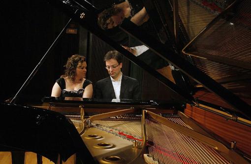 El Nexus Piano Duo, Joan Miquel Hernández i Mireia Fornells, oferirà un concert de piano a quatre mans el 4 de desembre