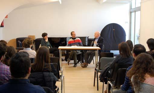Un moment de la trobada amb Alba Ventura, Santi Riu i Albert Guinovart. © www.conservatoris.cat/associacio-de-consevatoris-de-catalunya