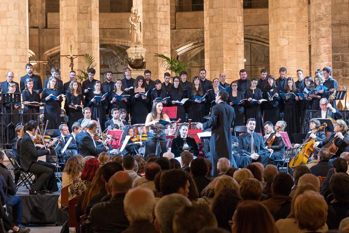 El Cor de Cambra Anton Bruckner i la Orquestra Filharmonia de Barcelona va interpretar el Requiem de Mozart a l'església de Santa Maria del Mar. Foto: Lars Isdahl.