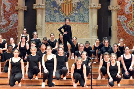 El Cor Infantil de l'Orfeó Català i Comediants presenten la seva versió de l'òpera 'Hansel i Gretel' al Palau