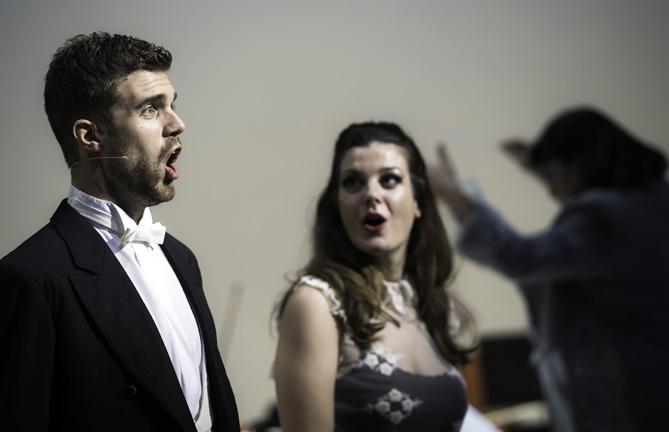 Josep-Ramon Olivé i María Hinojosa. © May Zircus-TNC