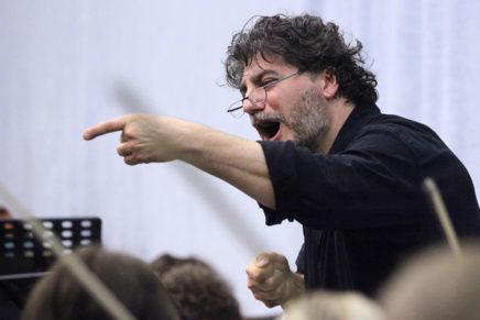 José Cura es presenta com a director d'orquestra a Lleida