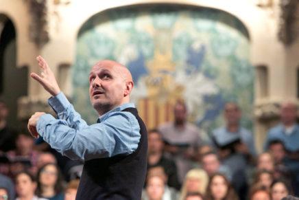 Josep Vila i Casañas dirigeix el Cor de la Ràdio Sueca amb un programa de música catalana