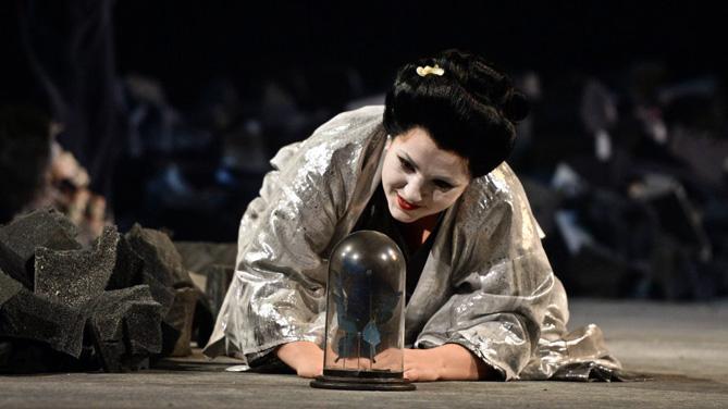 Liana Aleksanyan és Cio-Cio-San a les funcions del teatre alemany. © Hans Jörg Michel