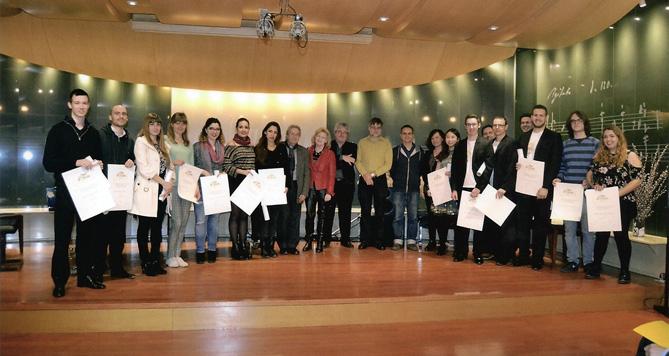 Els finalistes i els membres del jurat