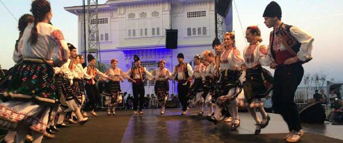 Grup de dansa Ifdo de Turquia