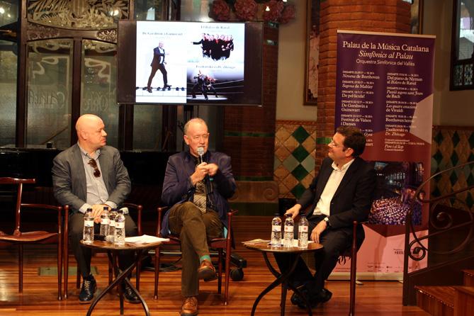 Imatge de la roda de premsa de presentació de la temporada. D'esquerra a dreta: Albert Guinovart, James Ross i Albert Beorlegui (presentador de l'acte).
